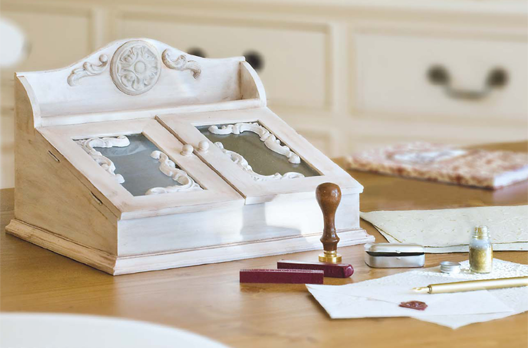 schreibpult mit relief ornamenten bastelshop und hobby. Black Bedroom Furniture Sets. Home Design Ideas