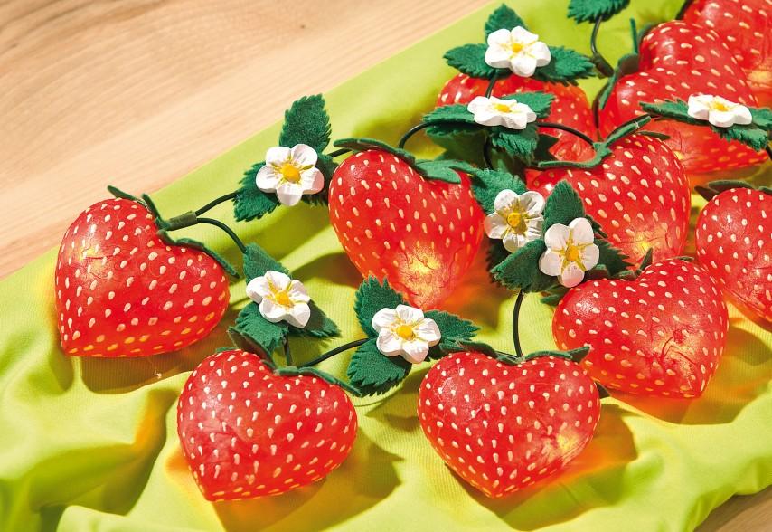 Lichterkette Mit Erdbeeren Aus Acryl Herzen Vbs Hobby Bastelshop