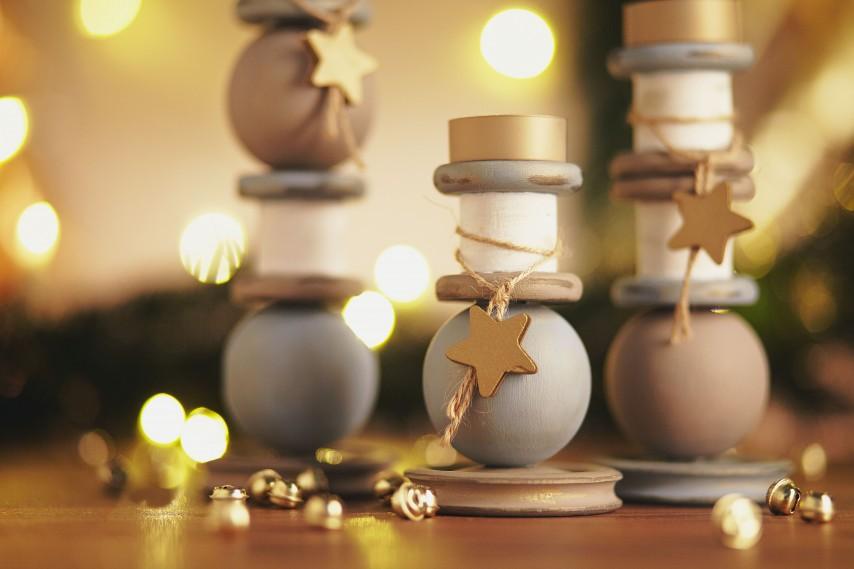 Diy weihnachten ein adventkranz aus beton mit kupfer muffen oder