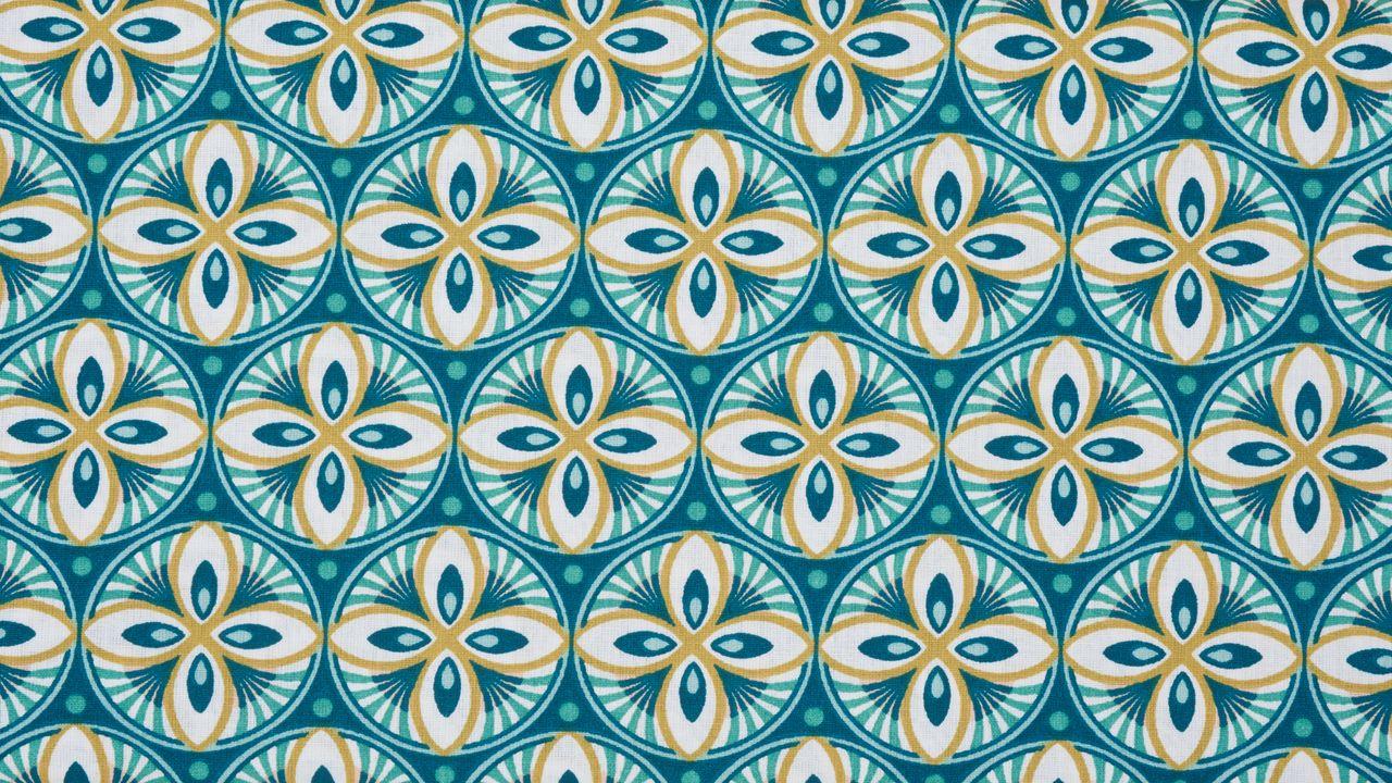 Dekostoff mit ausgefallenem Muster